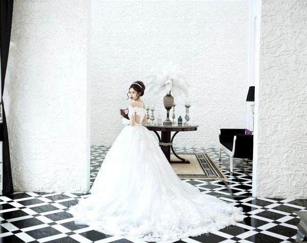 Bold wedding dresses